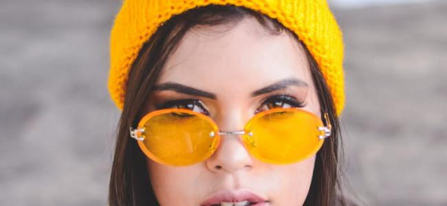 Gelb – gekleidet in Sonnenschein