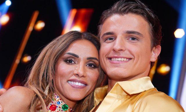 Sabrina Setlur und Nikita Kuzmin scheiden aus Foto: TVNOW / Stefan Gregorowius